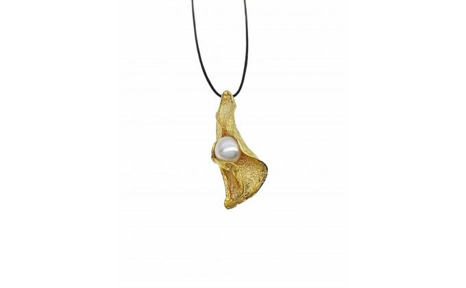 Μ 315 Handmade silver pendant with pearl