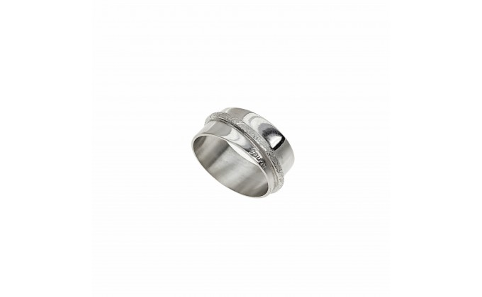 D 234 SOLID SILVER RING