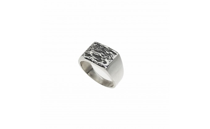 D 122 SOLID SILVER RING
