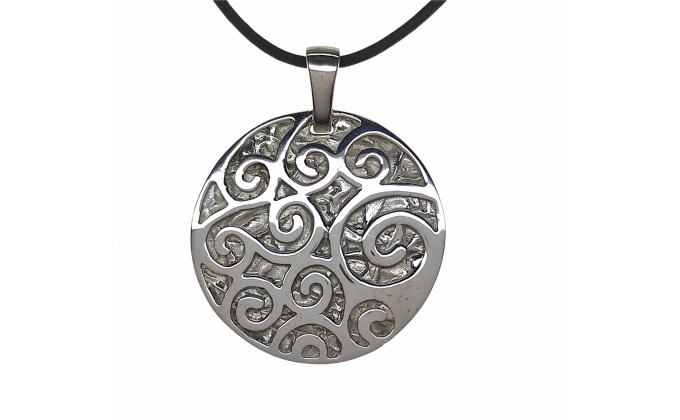 M 69 SILVER NECKLACE