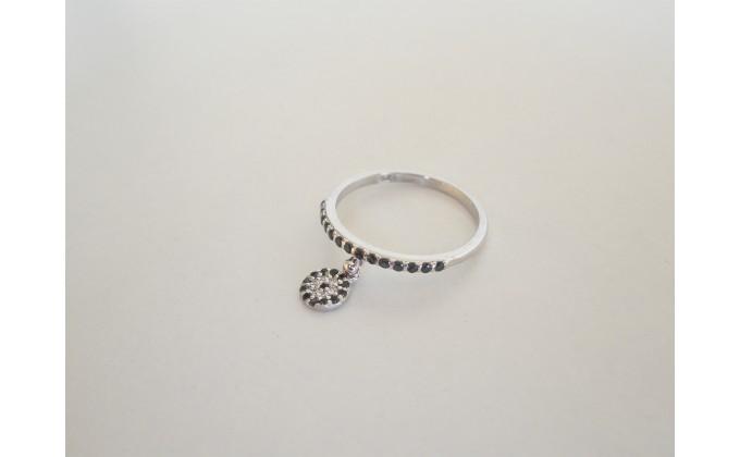 D 344 Silver ring zirgon stoxos